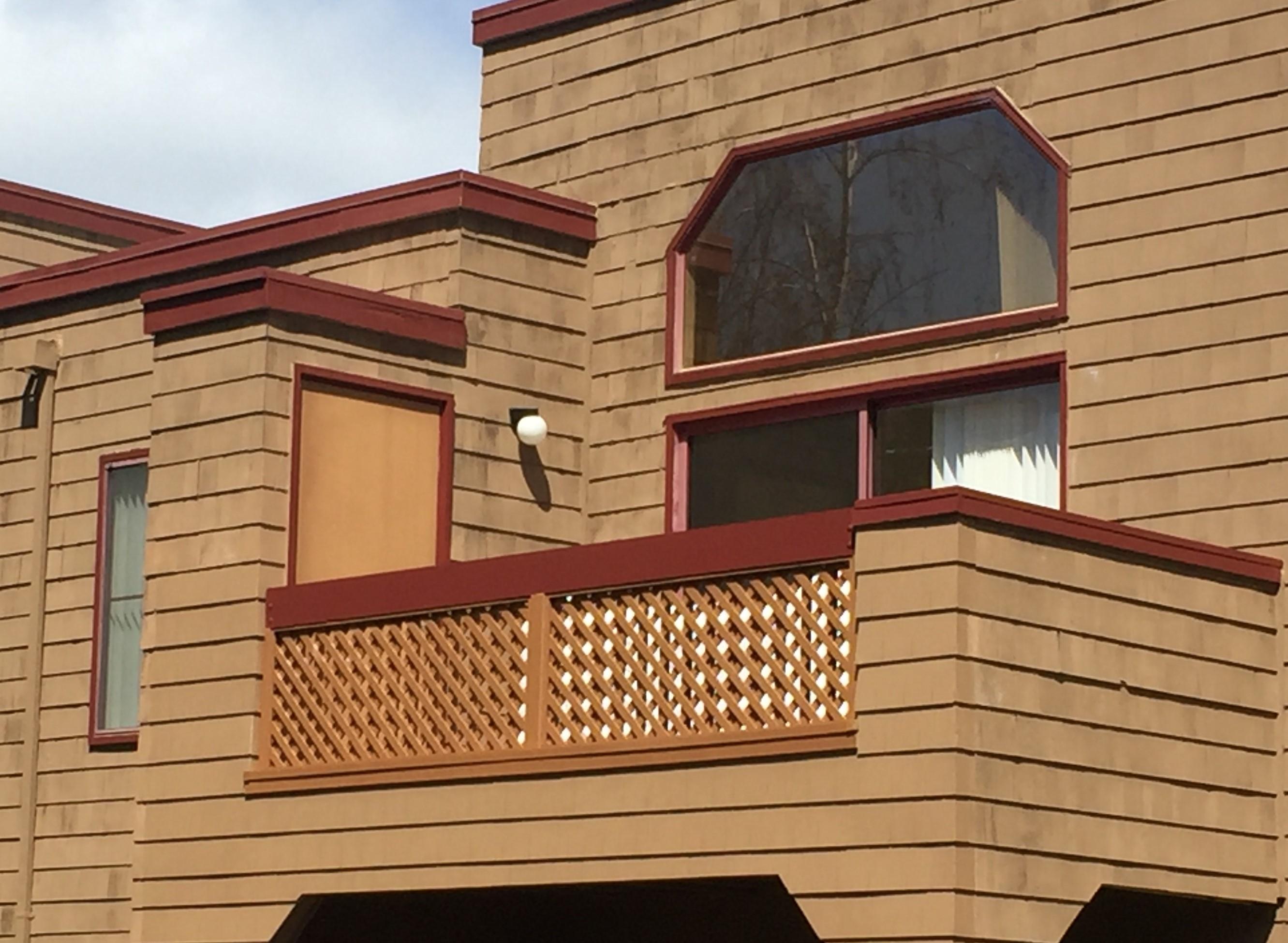 Stairway & Ba BALCONY RECONSTRUCTION