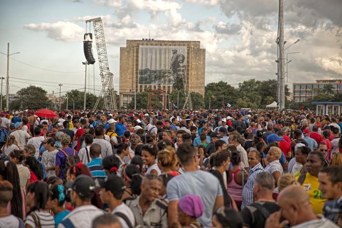 Mourners of Fidel Castro gather on the Plaza de la Revolucion