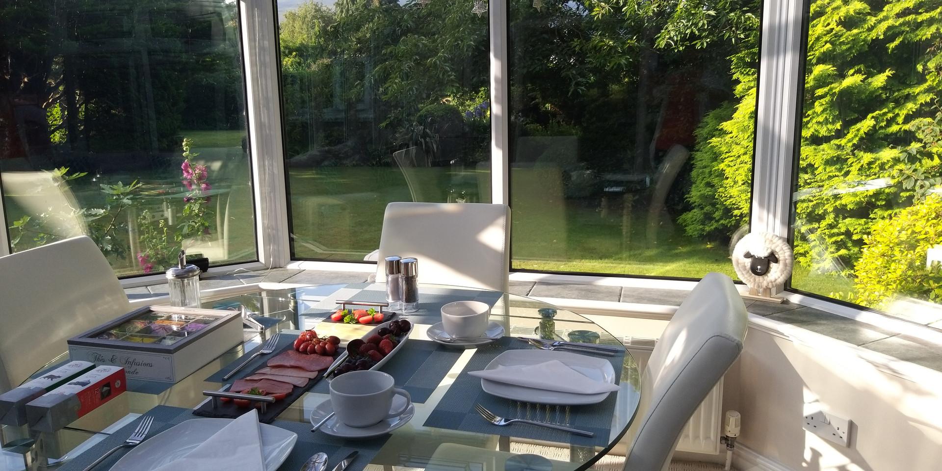 Hillingford's breakfast area