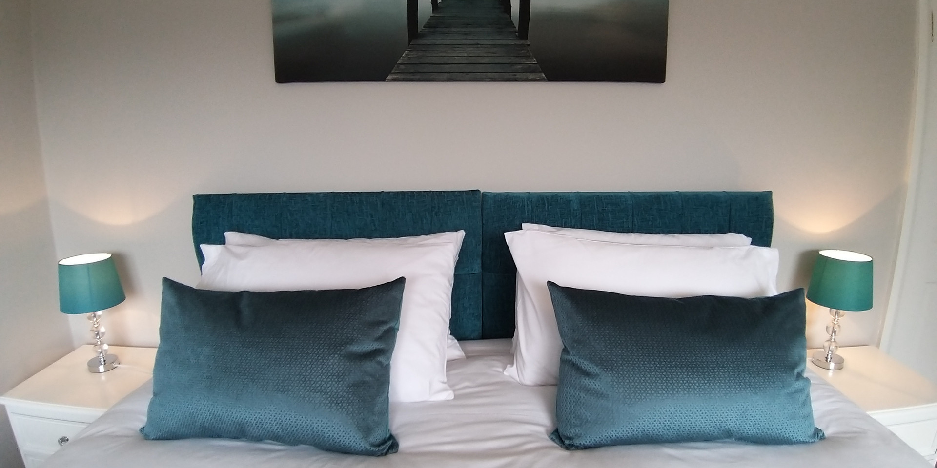 North Barrule Room Bed