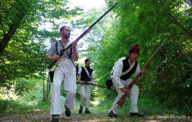 Exercices d'embuscades dans la forêt de Mouillepied