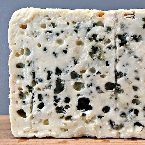 Roquefort per 100gm by Cheese Master Rodolphe Le Meunier