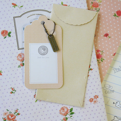 message charm and scallop gift tag