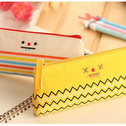 smiling face cartoon pen bag