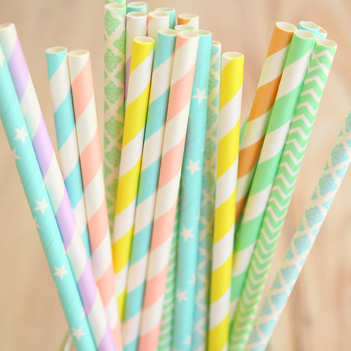 pastel rainbow mix paper straws