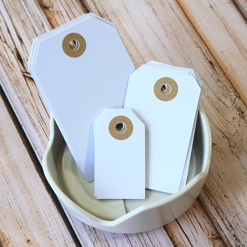smooth white colour luggage tags