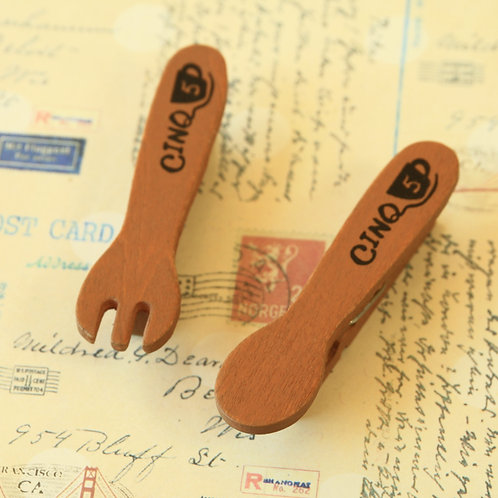 cinq 5 spoon & fork wood pegs clips