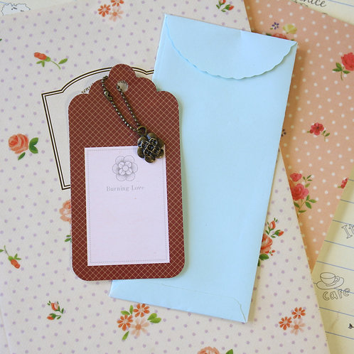 flower charm and scallop gift tag