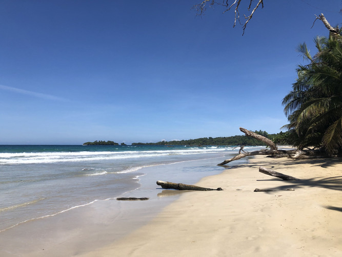 Red Frog beach