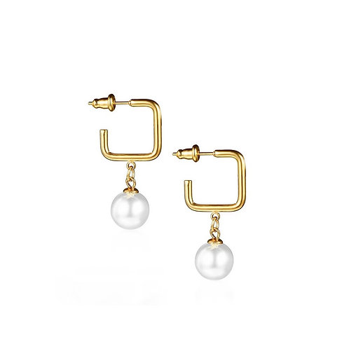 Avril gold  pearl earrings