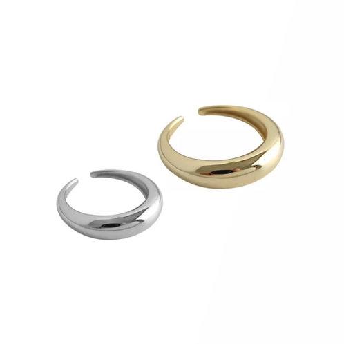 Hailey oval rings