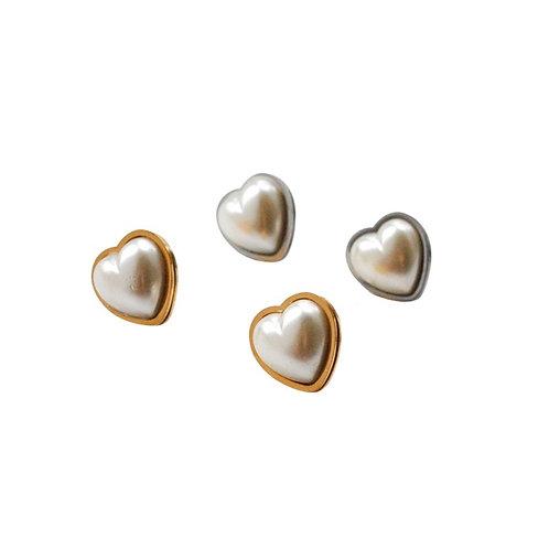 Holly pearl heart earrings