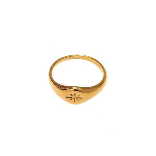 Klara sparkle engraved rings