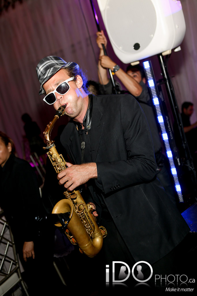 Sax Live on Floor