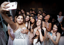 Super-Selfie B-M