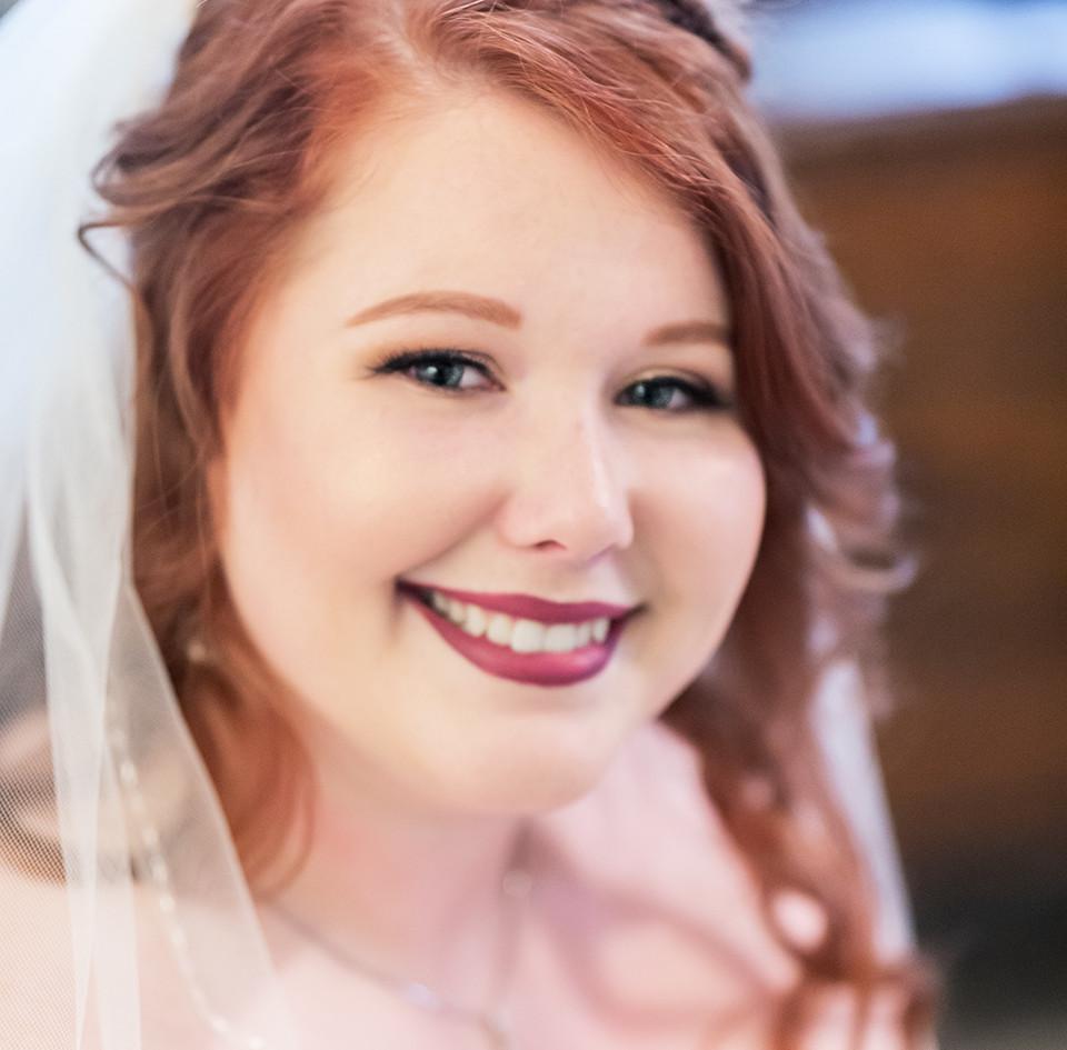 Kansas City Makeup Artist www.gracefulbeautykc.com