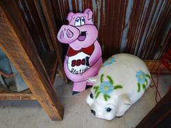 BBQ Station Pig