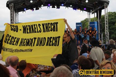 Wer Seehofer wählt kriegt Merkel!
