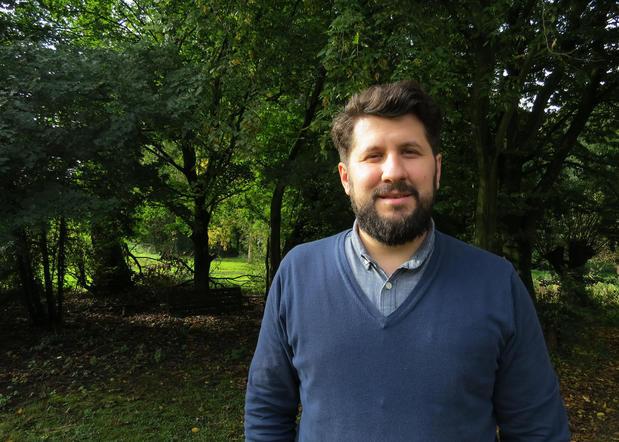 Dr Szaszi Bene