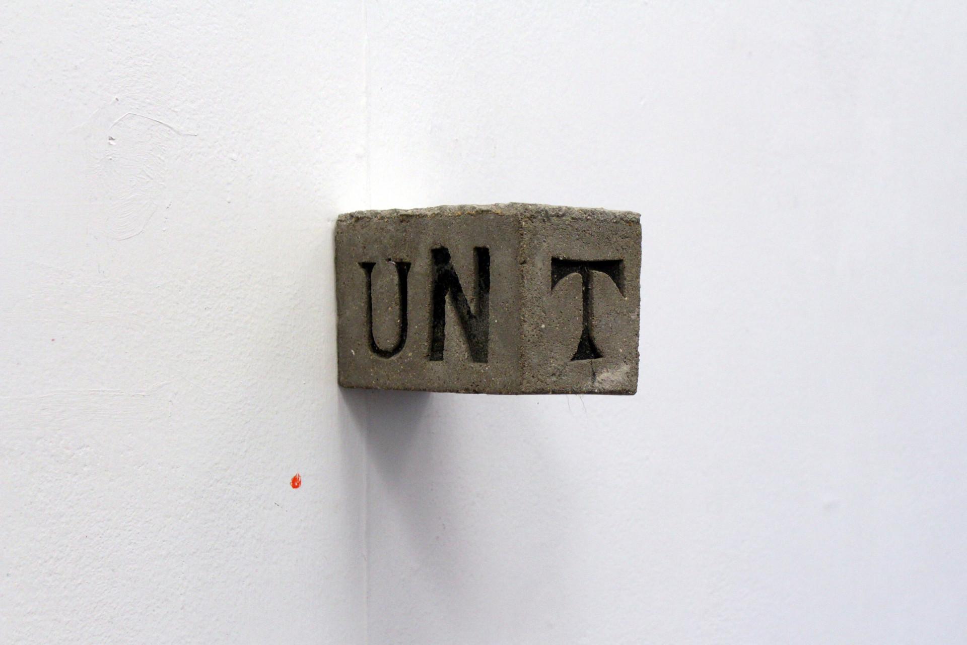 Wall-UNT
