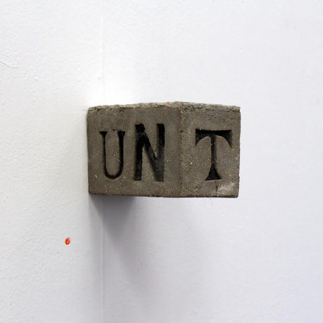 Wall + UNT