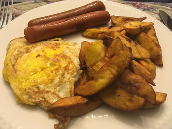Fried Eggs w/Plantain & Sausages