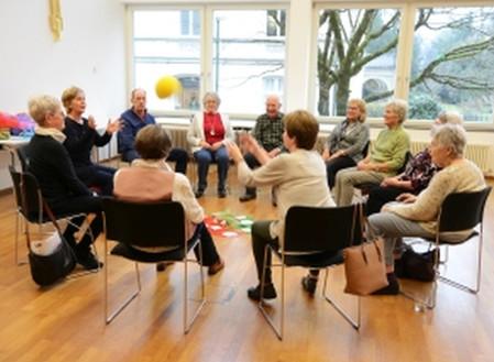 Suchen Kurstinteressierte für Ehrenamt Seniorenarbeit- Alt Jung Sein