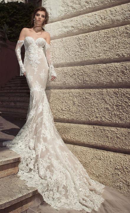Julie Vino strapless Wedding Gown
