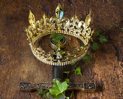 Coroa e Espada História Medieval