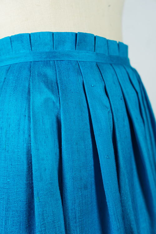Pleated bubble silk skirt