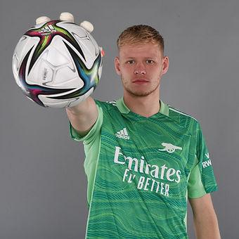 arsenal goalkeeper 2.jpg