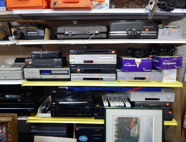 STERIOS, VCRS, DVDS