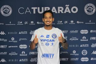 Com sete anos de base no Palmeiras e quatro temporadas no Corinthians, Renan Brainer reforça o Peixe