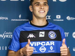 Novo reforço do Peixe, Vico elogia o clube e destaca que suas características se assemelham ao estil