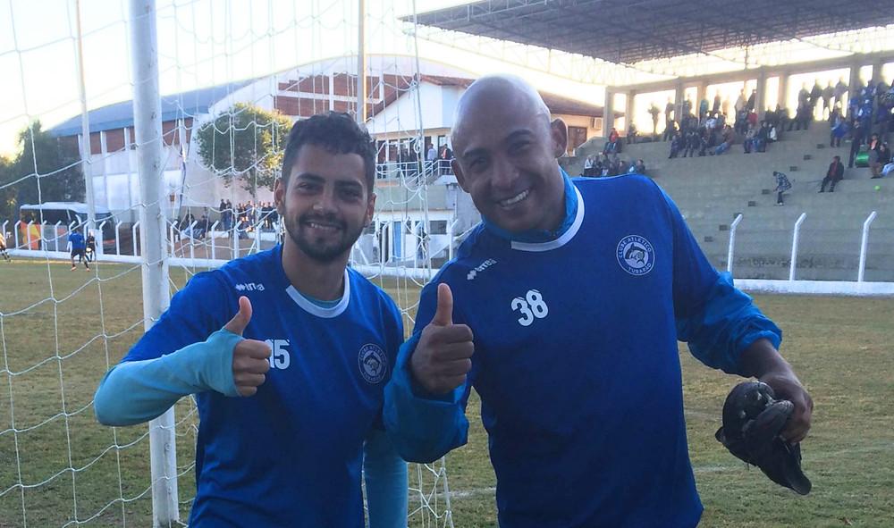 Everton Jr. e Brasão, os autores dos dois primeiros gols do jogo treino  | Crédito: Divulgação CA Tubarão