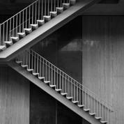 court stairs(i).jpg