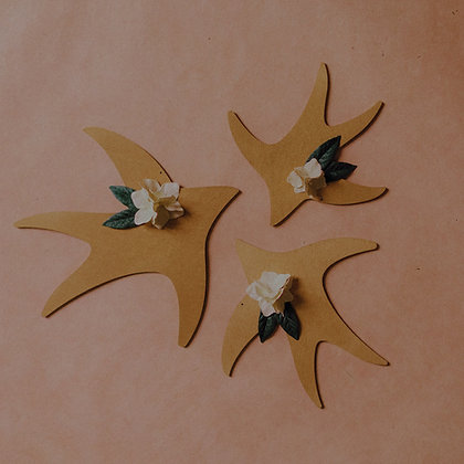 Hirondelle fleurie
