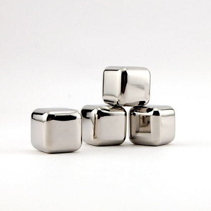 Steel-Ice TM 3 Cubes Set