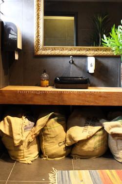 banheiro_madeira_demolição