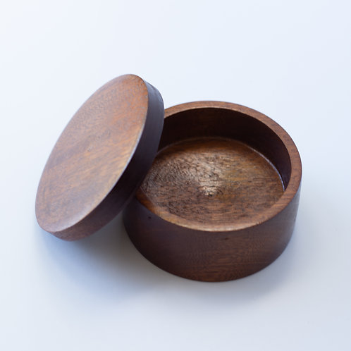 Small wood bowl with lid