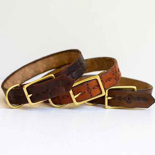 Leather dog collars, medium