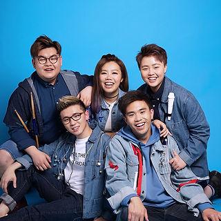 SENZA team photo 202 without logo.jpeg