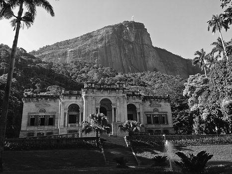 Lucio Salvatore intervention in the city of Rio de Janeiro