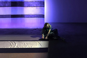 Nuit lavande - Palais de Tokyo - Sound piece Héloïse Derly - Interpretation Héloïse Derly  ©Photo : Adélaïde Feriot