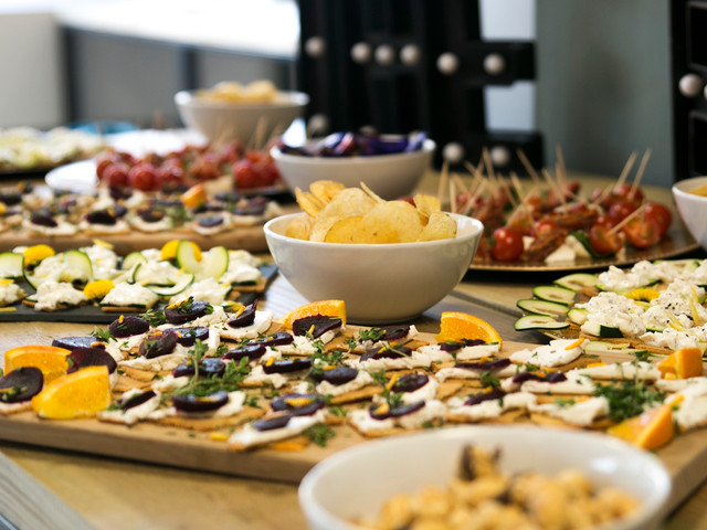 CANAPES FOR A TEAM GATHERING