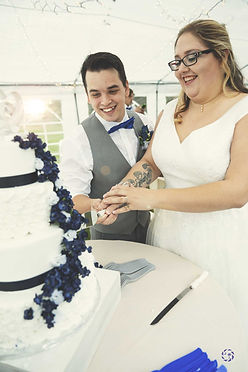 tay-drake-cake-cutting.jpg