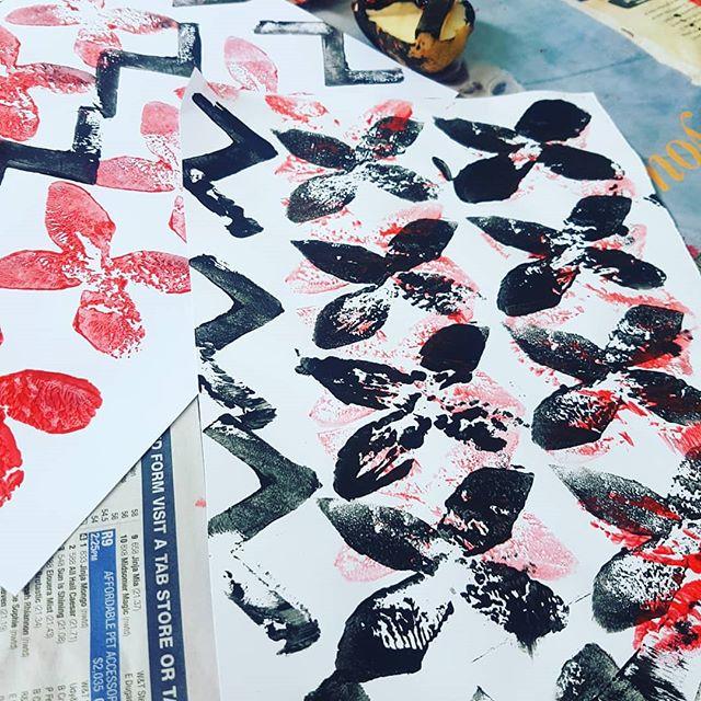 To celebrate Samoan Language Week we stamped some beautiful Siapo designs