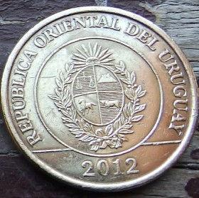 2 Песо,2012 года, Уругвай, Монета, Монеты, 2Pesos 2012, Republica Oriental Del Uruguay, Fauna, Capybara,Фауна, Капибара на монете,Coat of arms of Uruguay, Герб Уругваюна монете.