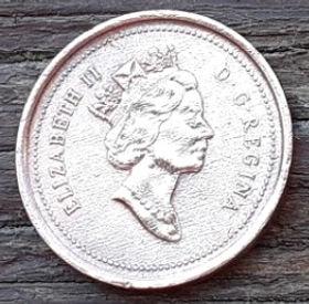 1 Цент, 1997 года,Канада, Монета, Монеты, 1 Cent 1997, Canada,Флора, Кленове листя,Flora, Maple leaves, Флора, Кленовые листьяна монете, Королева Elizabeth II, Елизавета IIна монете, Третий портрет королевы.