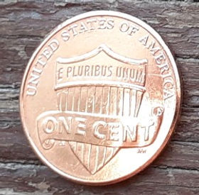 1 Цент, 2014 года,Соединенные Штаты Америки, Монета, Монеты, 1 One Cent 2014,The United States of America,Shield, Щит на монете, President Abraham Lincoln, Президент Авраам Линкольнна монете.